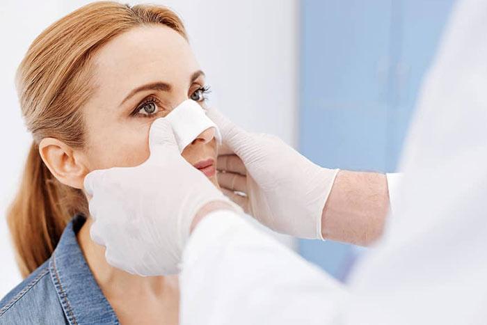 مراقبت های قبل از عمل بینی